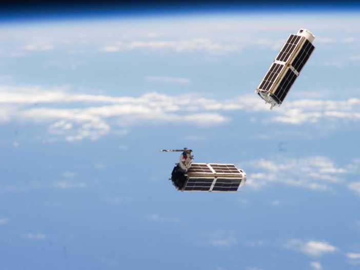 these-incredible-nanosatellites-are-making-old-satellites-obsolete