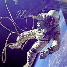 220px-Ed_White_First_American_Spacewalker_-_GPN-2000-001180