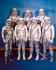 220px-Project_Mercury_Astronauts_-_GPN-2000-000651