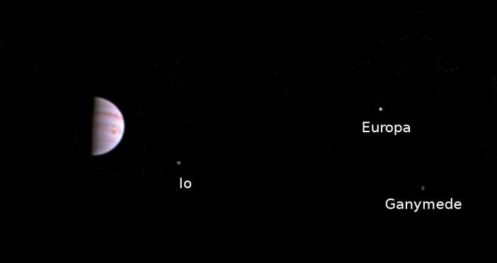 juno-first-image-jupiter-orbit