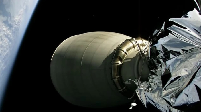Falcon-9-upper-stage-Iridium2-SpaceX.jpg